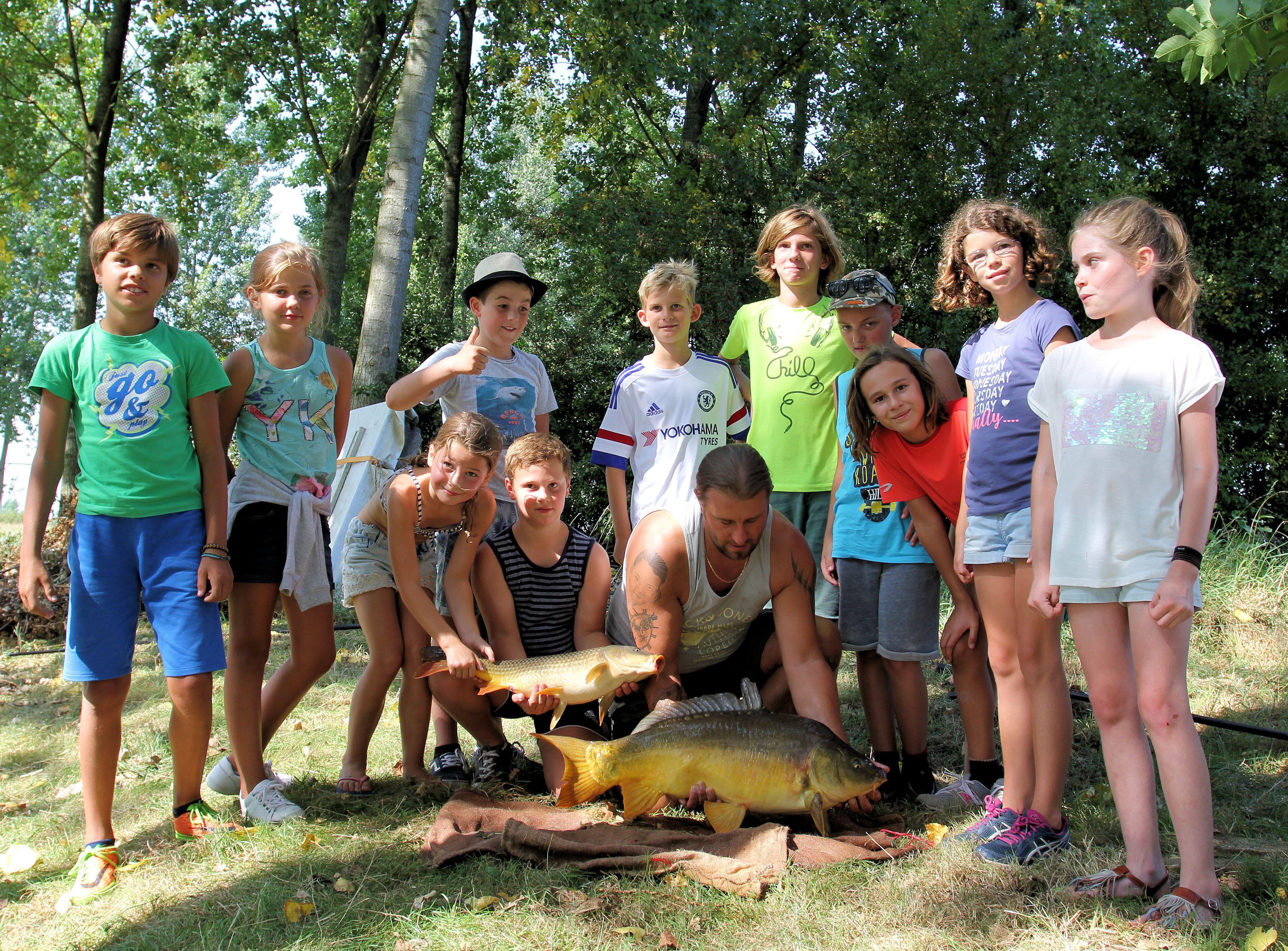 Populair Wie helpt ons met jeugd-vis activiteiten ?   HSV Maarssen #HZ12